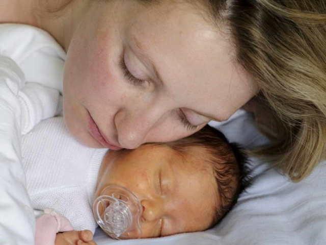 Высокое значение билирубина у новорожденного: причины, симптомы и способы снижения