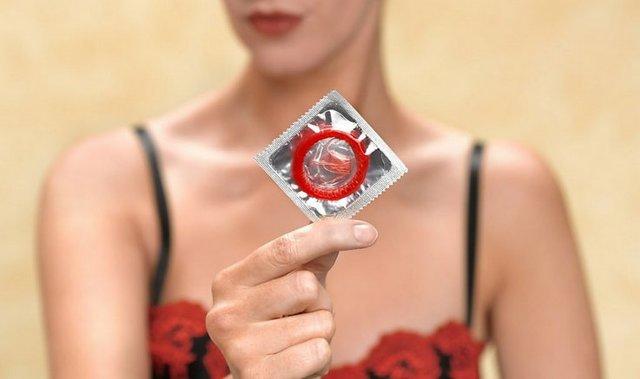 Через сколько и как проявляются первые симптомы ВИЧ у детей, женщин и мужчин?