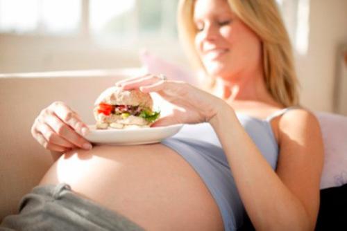 Беременным на заметку: можно ли кушать перед УЗИ по беременности