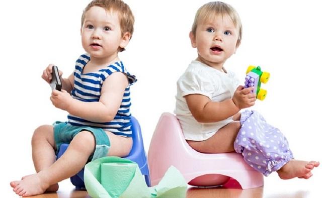 Кал у новорожденных: норма и признаки патологии