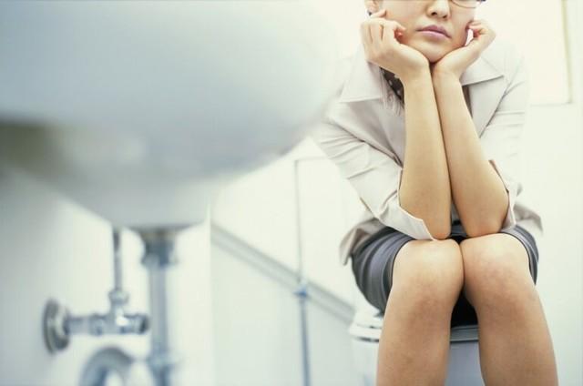 Бактериальный уретрит у мужчин: признаки, диагностика, лечение и возможные осложнения