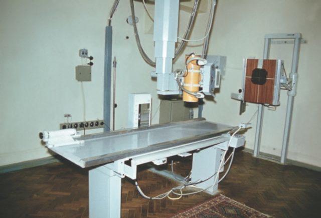 Когда назначают рентген шейного отдела позвоночника и о чем он может рассказать?