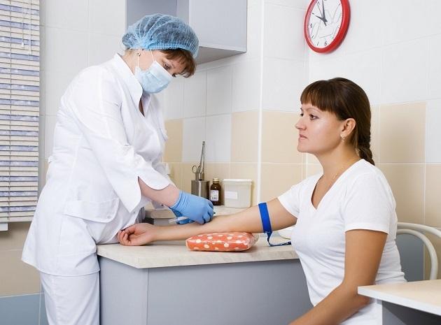 Общий анализ крови у женщин: норма показателей и причины отклонения