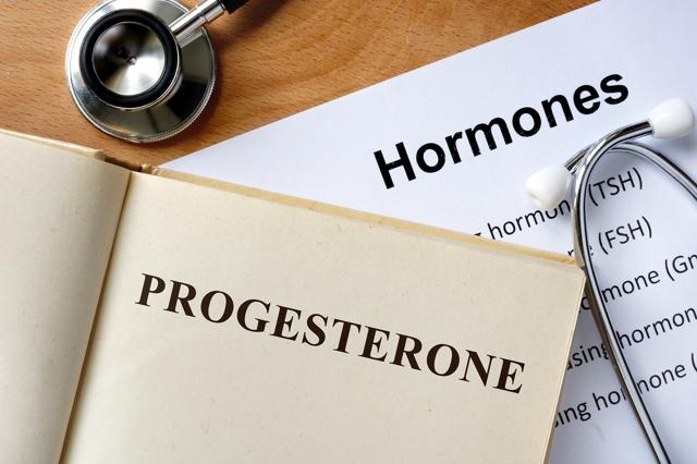Анализ крови на прогестерон: показания, подготовка, норма гормона у женщин и мужчин