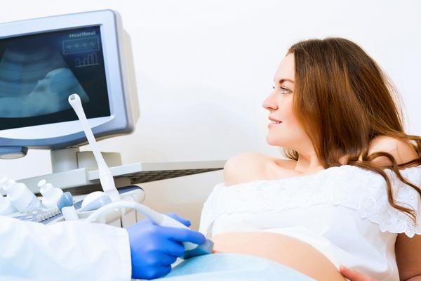 Как делают УЗИ на ранних сроках беременности: процедура и расшифровка