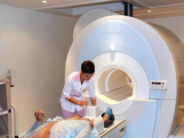 МРТ коленного сустава: сколько стоит, процедура и расшифровка