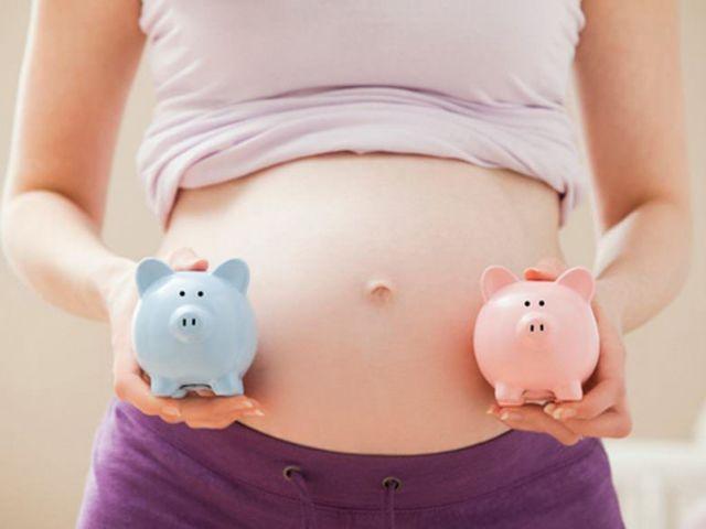 УЗИ при многоплодной беременности: на каком сроке определяют двойню