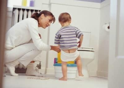 Почему моча белая: основные причины симптома у детей, мужчин и женщин