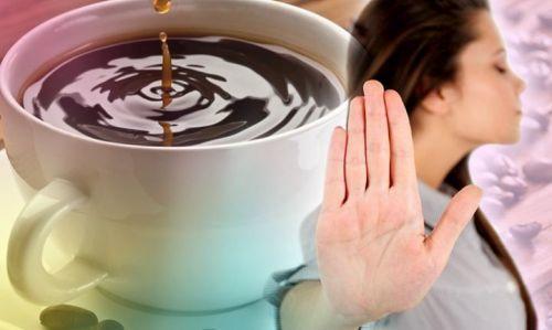 Можно ли пить воду и есть перед сдачей мочи, как правильно подготовиться к анализу?