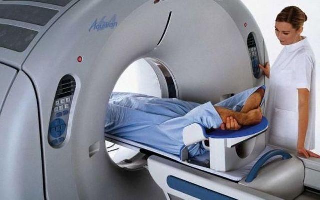 Как делают МРТ желудка и кишечника и кому обследование противопоказано?